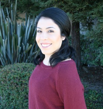 Elizabeth Moreno, Dental Assistant at Dr Darnell the best dental office in Hollister California