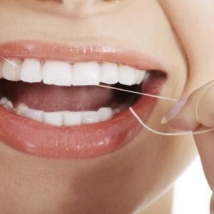 Hollister dentist advocates flossing teeth for dental health
