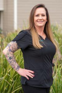 Calli, dental assistant in Hollister, California
